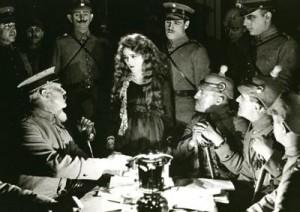 Cliff Retallick Accompanies the silent classic film The Little American