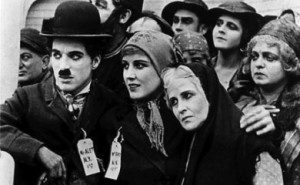 the_immigrant_charlie_chaplin_390